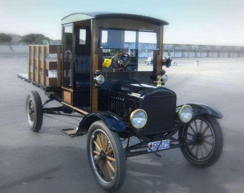 757px-1919_Ford_Model_T_Pickup