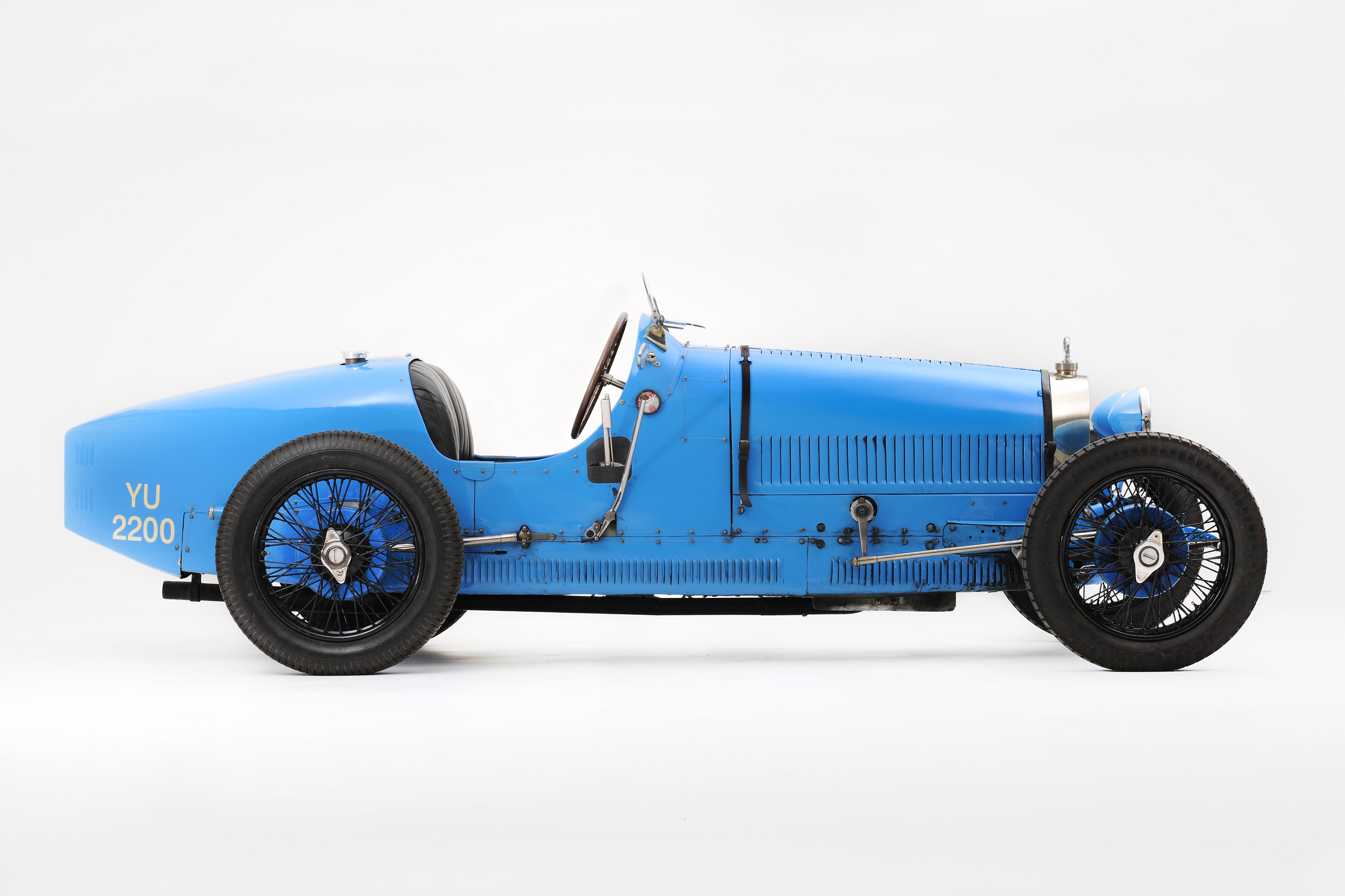 cars of tintin series bugatti type 37 the transport journal. Black Bedroom Furniture Sets. Home Design Ideas
