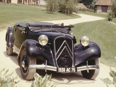 1938_Citroen_Traction_Avant_11B_Cabrio