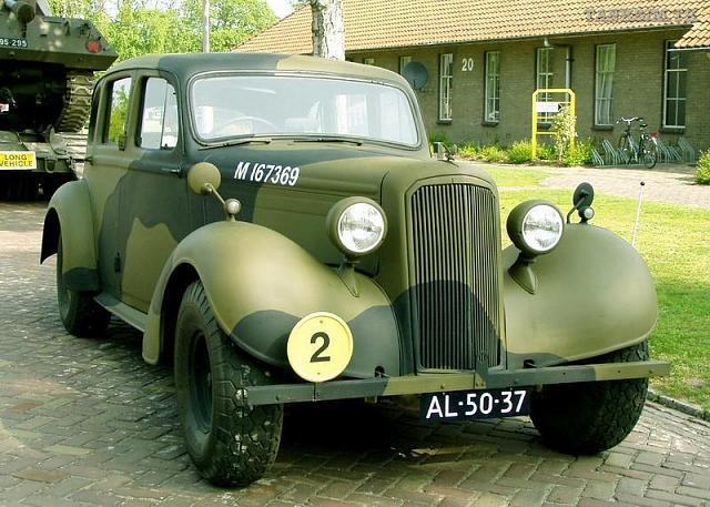 Cars of Tintin Series – Humber Snipe1936