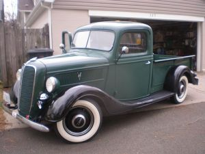 Ford 1937 Pickup_1