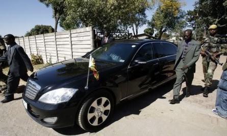 Robert Mugabe Benz S600 pullman limousine