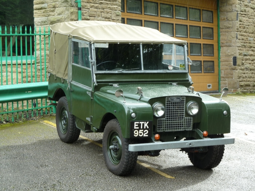 Cars of Tintin Series – Land Rover Series 1