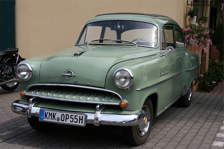 Cars of Tintin Series – Opel Olympia Rekord 1953