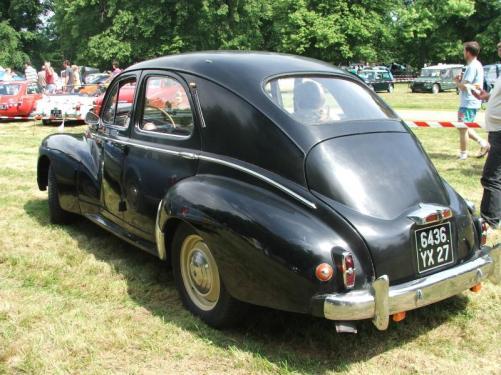 Peugeot 203_4