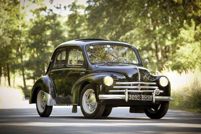 Cars of Tintin Series – Renault4CV