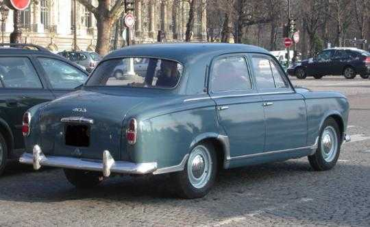 cars of tintin series peugeot 403 the transport journal. Black Bedroom Furniture Sets. Home Design Ideas