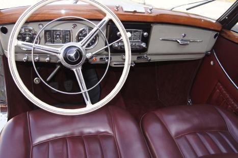 Mercedes 220 1952_4