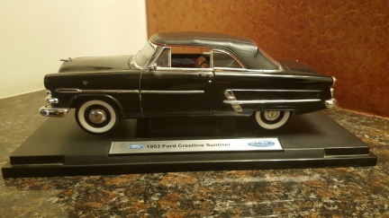 Ford Crestline Sunliner (2)