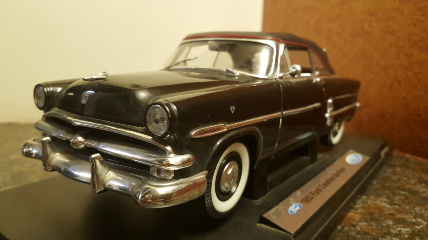 My Collection – Ford Crestline Sunliner 1953
