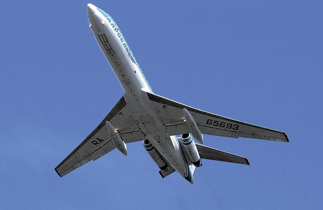 Aircraft of Tintin – Carriedas 160(TU-134?)